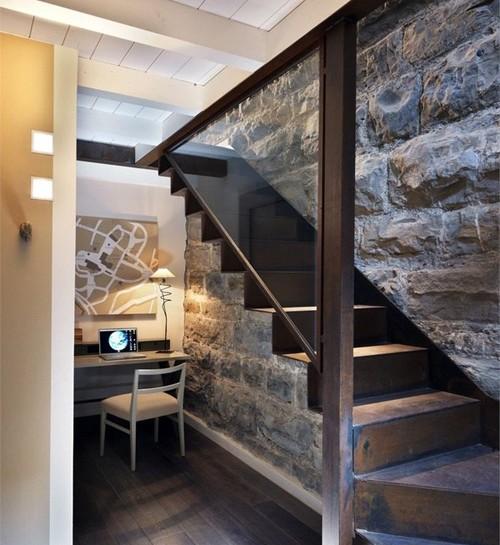 thiết kế cầu thang nhà ống hiện đại